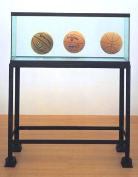 Jeff Koons, Three Ball Total Equilibrium Tank